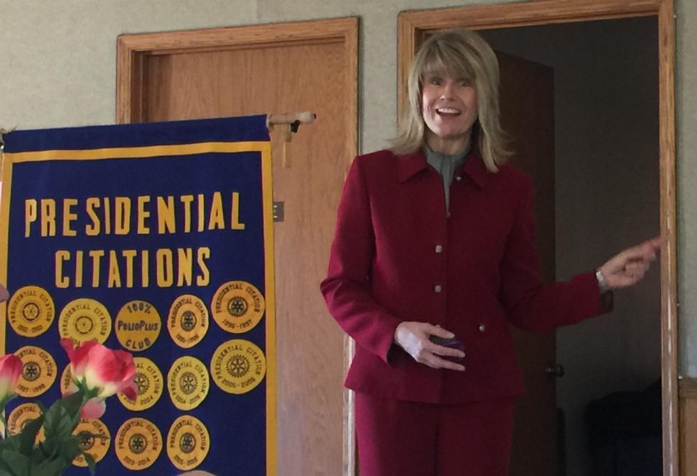 Life management expert addresses Rotarians (Audio included)